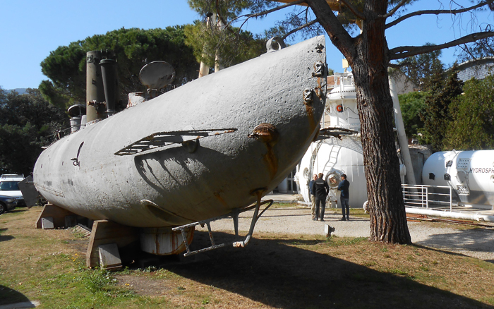 Alose Submarine