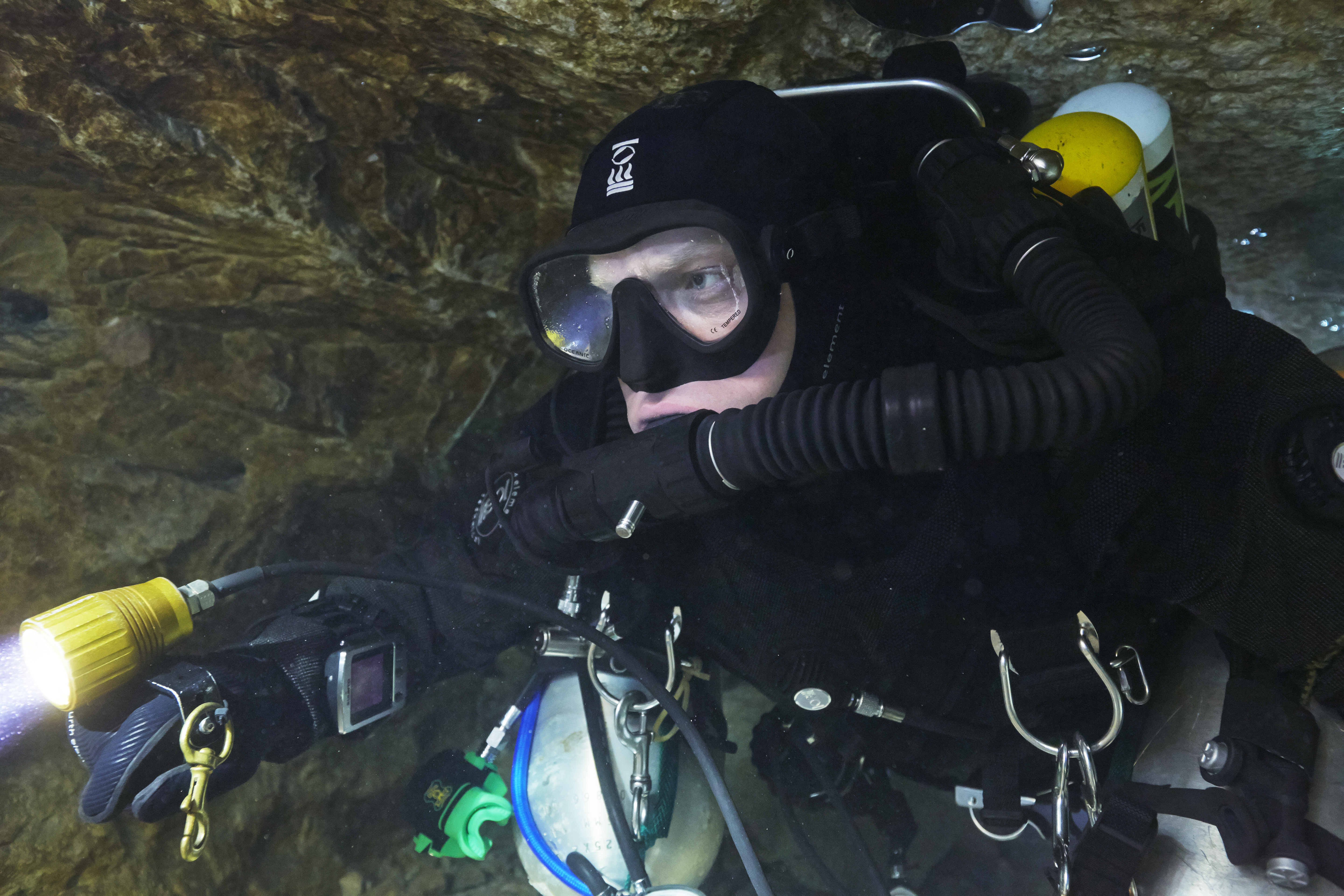 Andy Torbet cave diving