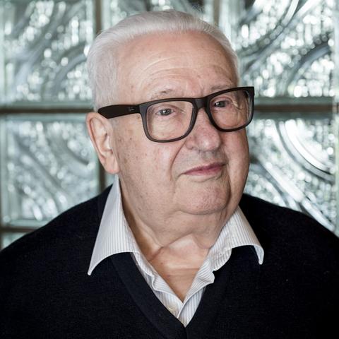 Professor Walter Kuehnegger
